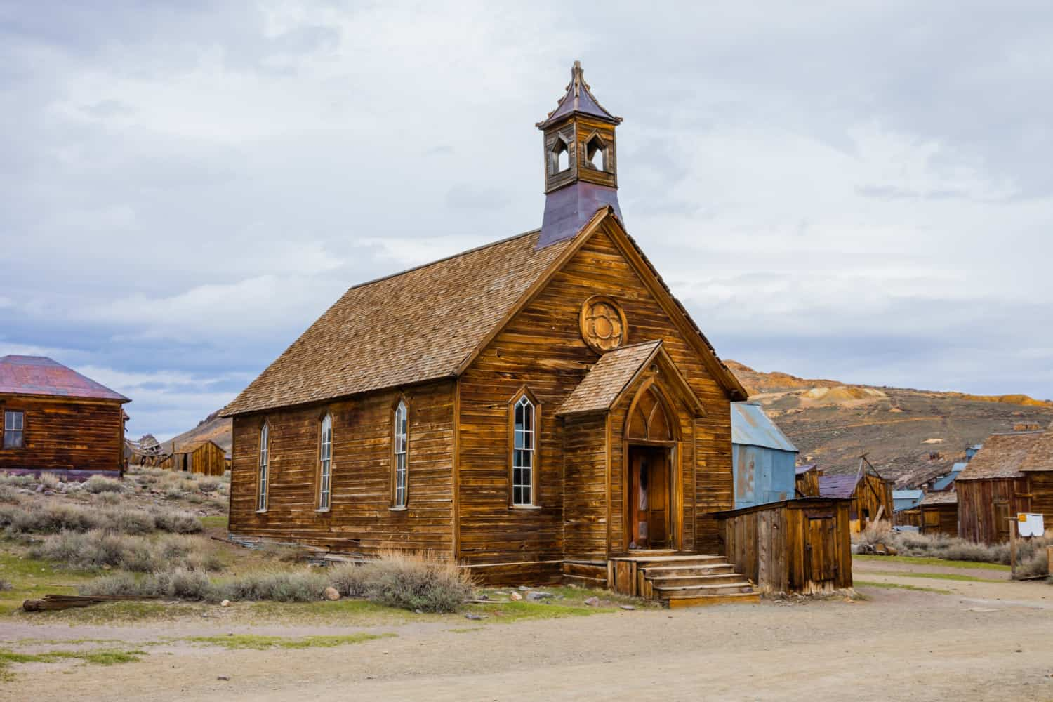 The church in Bodie Ghost Town, suitable for pets, in California